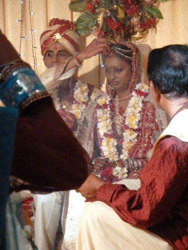 Mariage-indien-trait-rouge