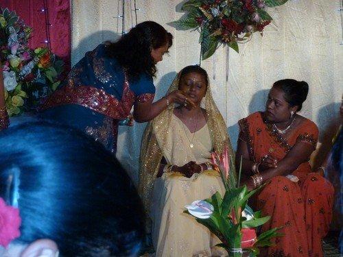 Mariage-indien-veille-safran